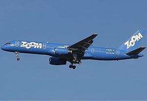 Zoom Airlines Boeing 757 Spijkers.jpg