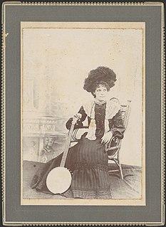 Elizabeth (Bessie) Campbell (1870-1964) banjoist