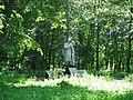 Братська могила радянських воїнів. Поховано 65 чол..jpg