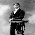 אברהם בן משה מאירוביץ (הילד הראשון שנולד בראשון לציון) פורט סעיד 4.7.1909-PHZPR-1253820.png