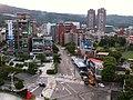 天母國際大樓,(台北市士林區天母西路3號)頂樓往忠誠路新光百貨公司方向拍攝 - panoramio.jpg
