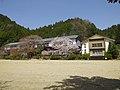 旧丹生小学校校舎 Niu elementary school, former school buildings 2013.4.05 - panoramio.jpg