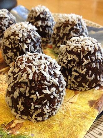 Havregrynskugle - Close-up view of chokladboll