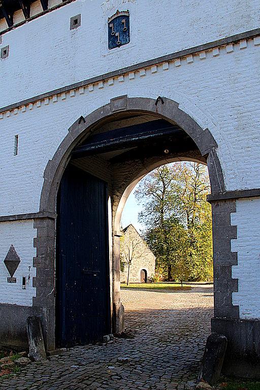 File 0 grand manil chapelle sts pierre et paul et for Crouqui des portail coulissant tours