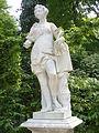 1001.Clio (Muse der Geschichtsschreibung)Friedrich Christian Glume 1752-Musenrondell-Sanssouci Heilfort.JPG