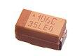 10 µF 16V SMD 1206 tantalum capacitor.jpg
