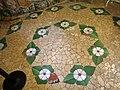 155 Castell de Santa Florentina (Canet de Mar), sala de bany, terra de mosaic.JPG