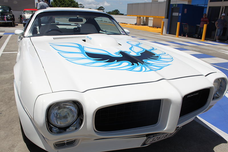 File:1973 Pontiac Firebird Trans Am (16323735092).jpg