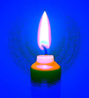 2006-02-25 candle-flame with colour-shift A.jpg