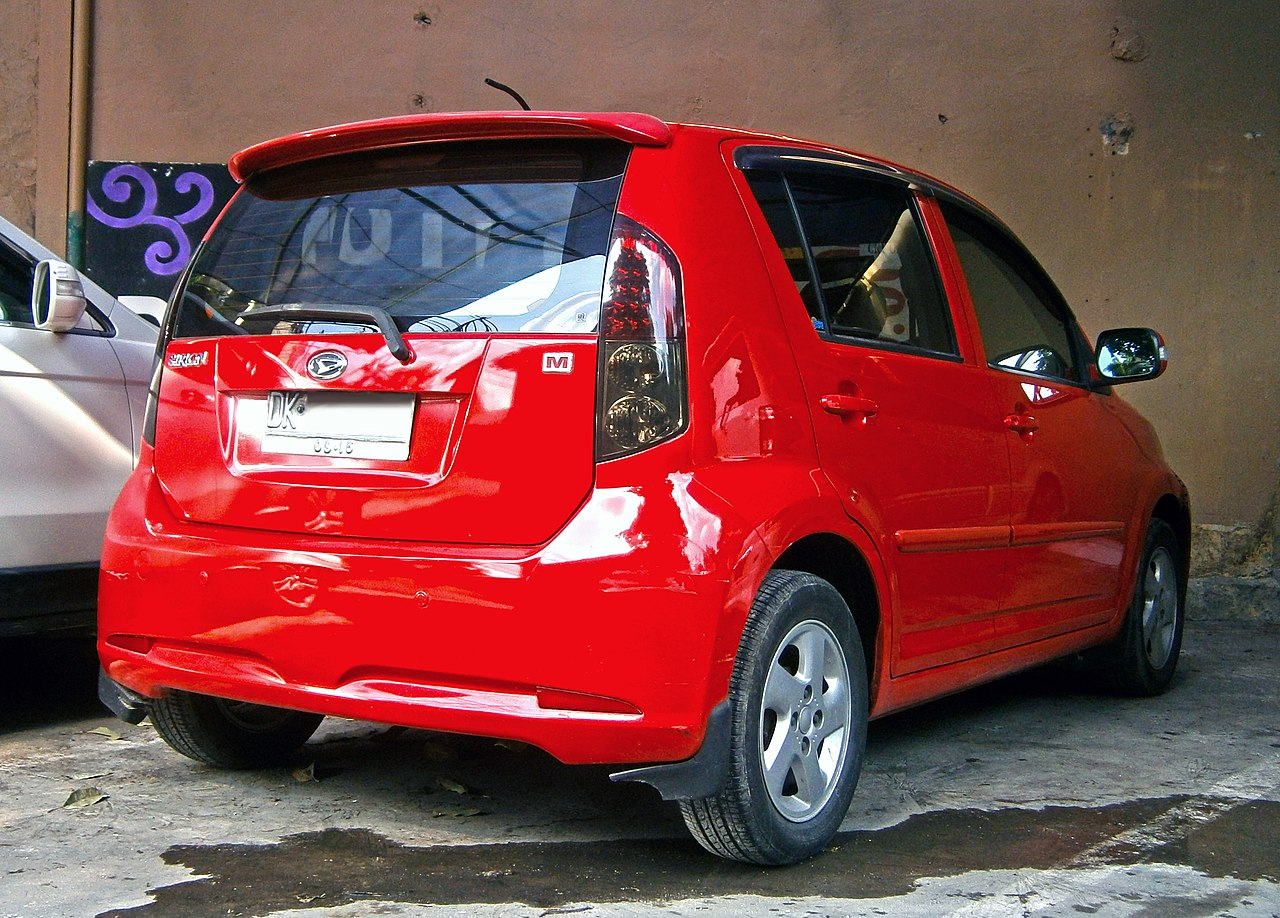 file 2010 daihatsu sirion 1 3 m in kuta bali indonesia 03 jpg wikimedia commons. Black Bedroom Furniture Sets. Home Design Ideas