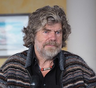 Dzi bead - Reinhold Messner is wearing Dzi-Amulettes for more than two decades.