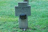 2017-09-28 GuentherZ Wien11 Zentralfriedhof Gruppe97 Soldatenfriedhof Wien (Zweiter Weltkrieg) (044).jpg