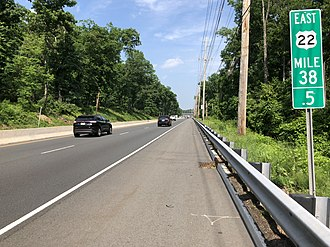 Bound Brook, New Jersey - US 22 in Bound Brook, the largest and busiest highway in the boro