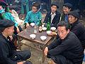 437 Gespräch bei Reiswein.JPG
