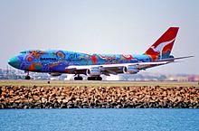 70bw - Qantas Boeing 747-338; VH-EBU@SYD;04.09.1999 (4712617915).jpg
