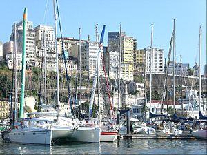 Português: A Marina de Salvador, bairro do Com...