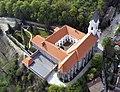 A sopronbánfalvi kolostor a magasból fényképezve.jpg