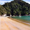Abel Tasman trail, National Park, South Island, New Zealand - panoramio (10).jpg