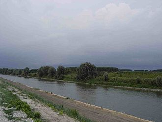 Province of Rovigo - The Adige river as it enters the province of Rovigo near Badia Polesine.
