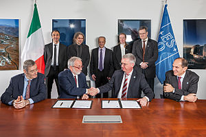 INAF - Image: Agreement signed for E ELT MAORY adaptive optics system