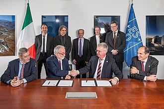 INAF - Agreement signed for E-ELT MAORY adaptive optics system.