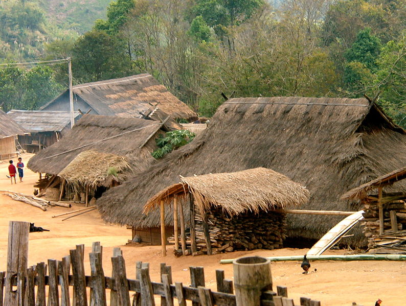 File:Akha village.jpg