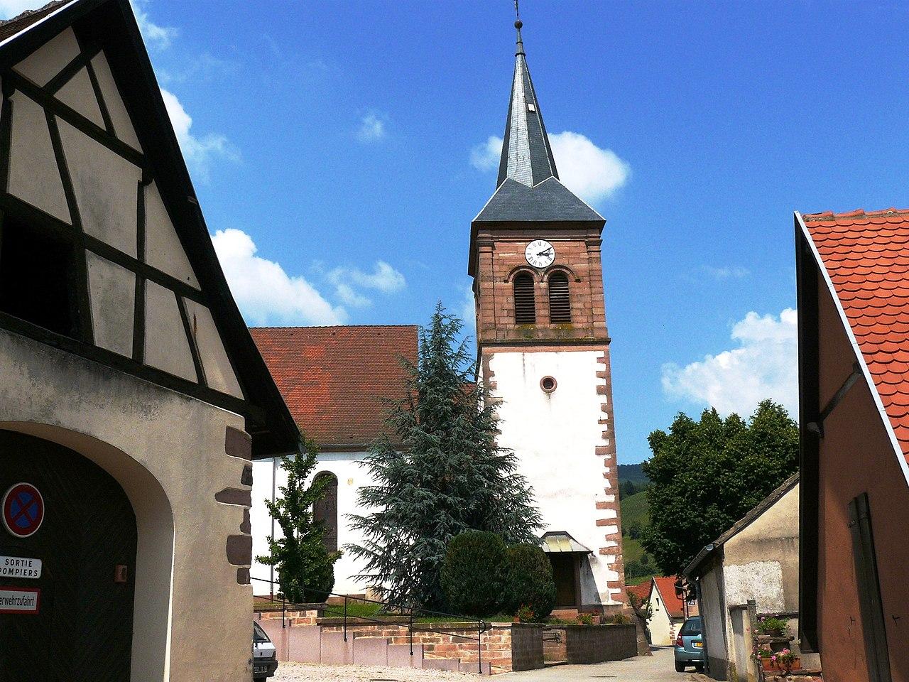 Église Saint-Wendelin à Albé. (Source: Wikipédia)