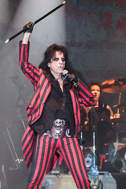 Cooper performing live at Wembley Arena in 2012 Alice Cooper Live in London 2012-10-28.jpg
