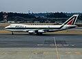 Alitalia Boeing 747-243B (I-DEMP 22513 546) (5657133593).jpg