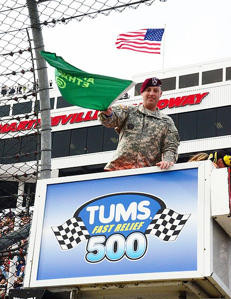 File:Army Sgt. 1st Class Matthew Solomon, an operations sergeant for XVIII Airborne Corps, practices waving the starting flag at the Tums Fast Relief 500 NASCAR race at Martinsville Speedway, Va., Oct. 28, 2012 121028-A-ZZ999-006.jpg