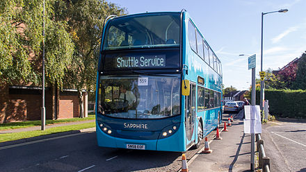 Local bus, Amersham Arriva 5434 on route 359 at Amersham Running Day 2013 (14096696112).jpg