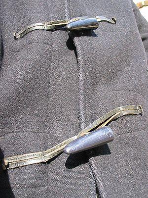 Duffel coat - Two front fastenings