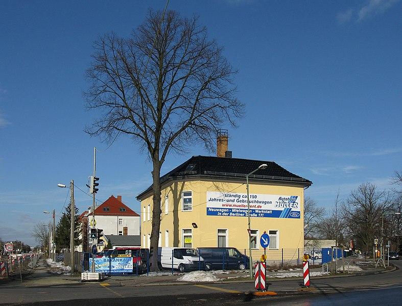 File:Autohaus Müller Pasewalker Str (2010).jpg