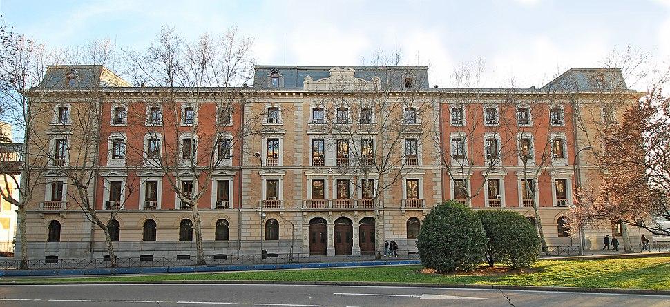 Av. Ciudad de Barcelona nº 2 (Madrid) 01
