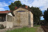 Bâtiment voyageurs de Boucoirant par Cramos.JPG