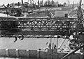 Béke utcai közúti aluljáró építkezése, a Madridi utcai oldalon, balra a háttérben az Újpesti Gyapjúszövőgyár. Fortepan 91486.jpg