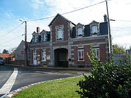 The town hall of Balâtre