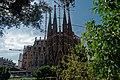Barcelona - Plaça de Gaudí - View SW on La Sagrada Família - Nativity façade VII.jpg
