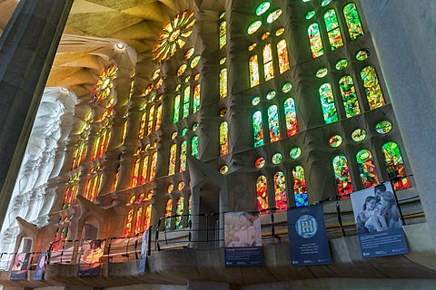 Barcelone Sagrada Familia Vitraux