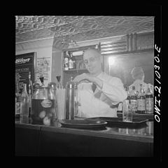 Bartender at the Sea Grill 8d27147v.jpg
