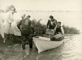 Belmont, Victoria - Belmont Common flood, 1952
