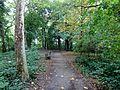 Berlin-Mahlsdorf Waldowpark 02 Zuwegung vom südlichen Eingang.JPG