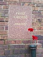 Berlin Friedrichsfelde Zentralfriedhof, Gedenkstätte der Sozialisten (Urnenwand) - Grosse