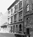 Berzenczey (Ferenc) utca páratlan oldala a Mester utca felől a Ferenc tér felé nézve. Fortepan 17377.jpg
