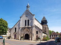 Bléneau-FR-89-église-extérieur-01.jpg