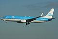 Boeing 737-8K2w PH-BXZ KLM (6884494610).jpg