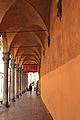 Bologna curving Arcade.jpg