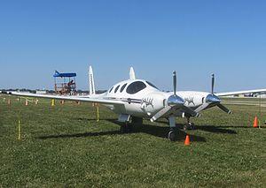 Rutan Boomerang - Right profile