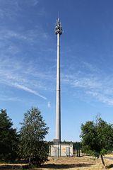 Antennenstandort in Brandenburg auf 80m Schleuderbetonmast (Bild: Gonzosft/Wikipedia)