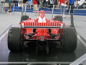 British International Motor Show 2006 - IMG 0173 - Flickr - cosmic spanner.jpg